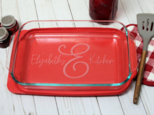 Personalized Monogrammed 9x13 Pyrex baking dish